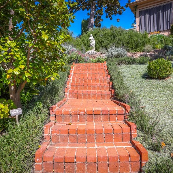 Picture of stairs at Virginia Robinson Gardens