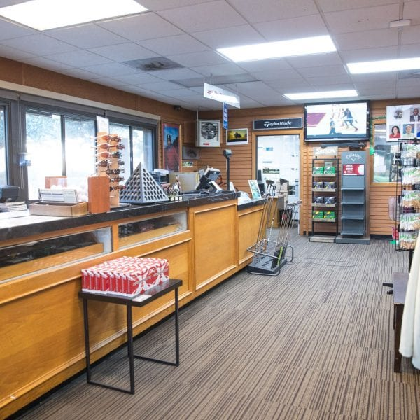 Chester Washington Golf Course pro shop front desk