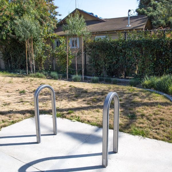 Washington Avenue Park bike rack