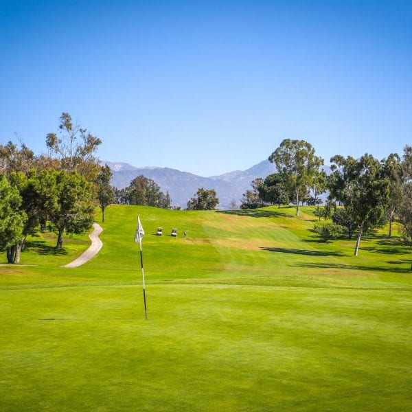 A picture of hole 3 at Mountain Meadows Golf Course