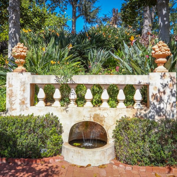 Picture of another fountain at Virginia Robinson Gardens