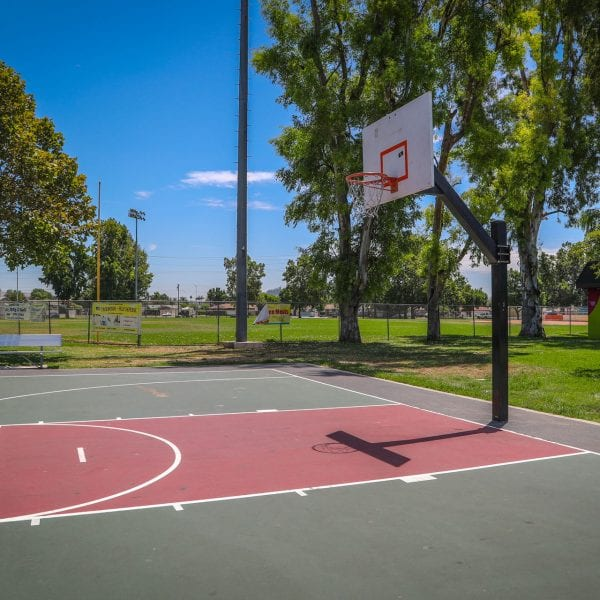 Single outdoor basketball court