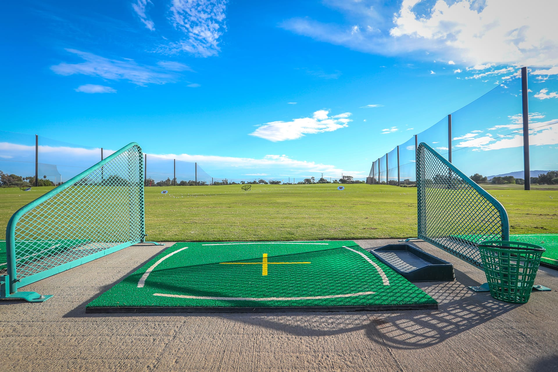 Driving range station