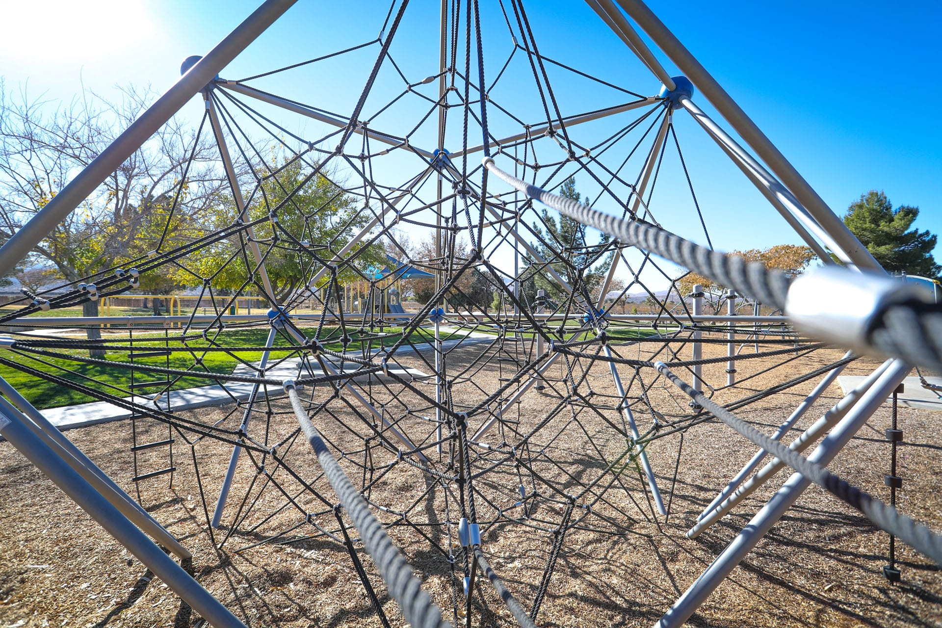 Jungle gym of ropes