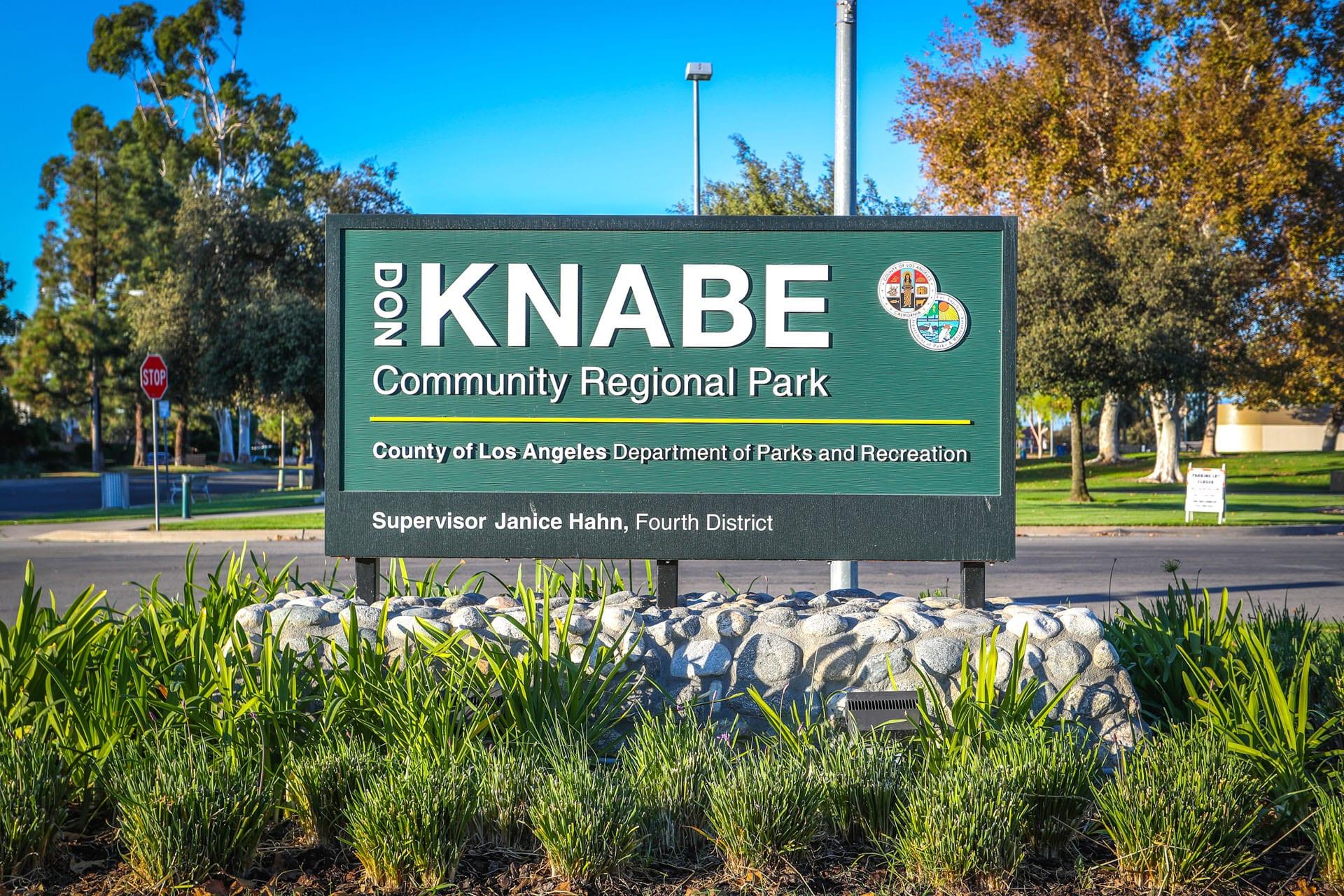 Don Knabe sign