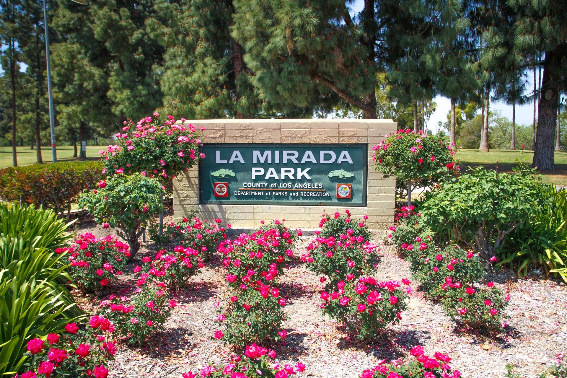 La Mirada Community Park sign