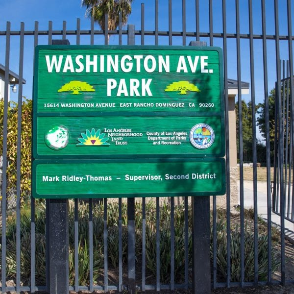 Washington Avenue Park front sign